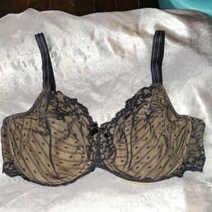 Black Chantelle lace underwire bra 40 DDD F